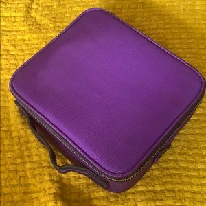 New travel makeup case with strap